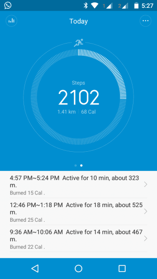 Mi Band tracks your foot steps